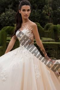 Wedding-Dresses-In-The-Gold-Coast